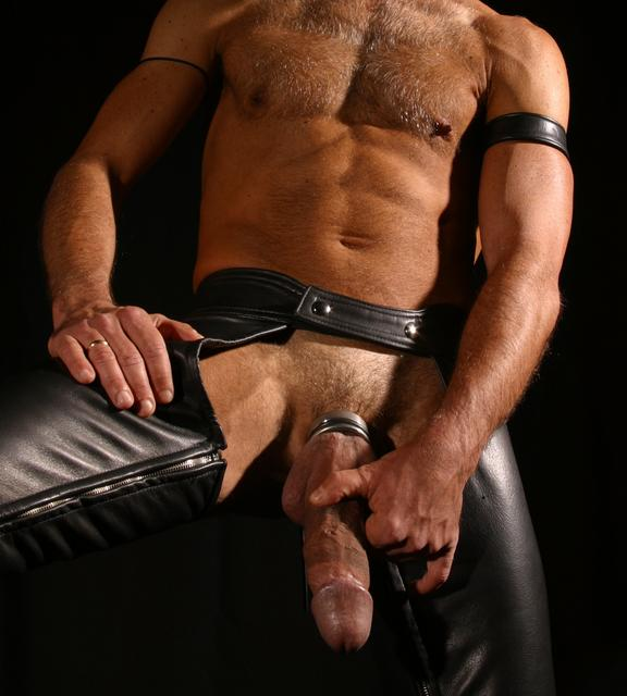Gay Men Wearing Leather 3