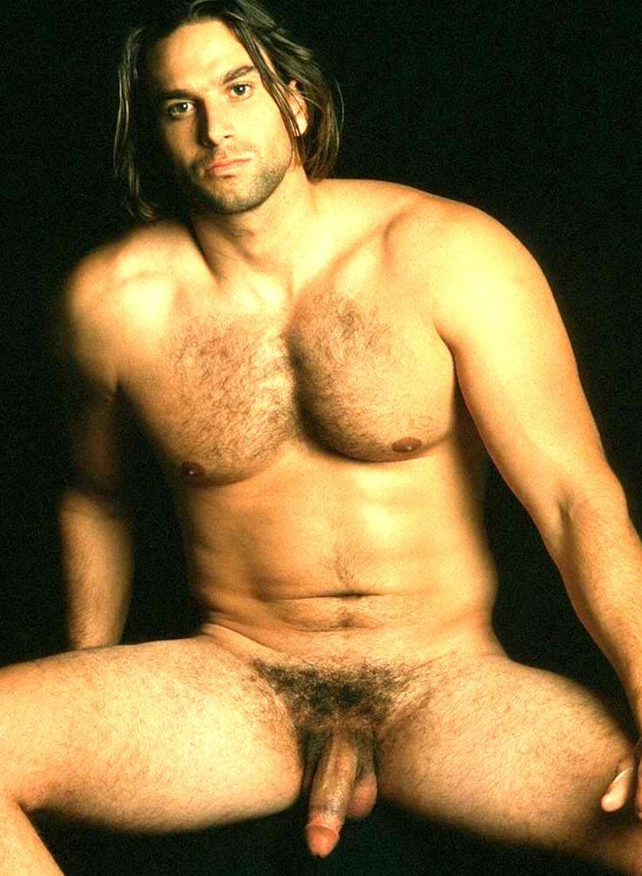 Gay Long Haired Men 18