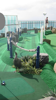 Minigolf auf der Jewel of the Seas