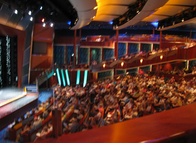 Theater der Jewel of the Seas