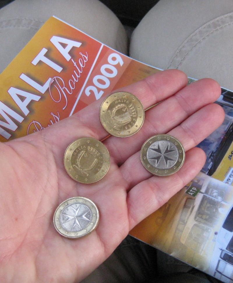 Maltesische Euromünzen und der Busplan