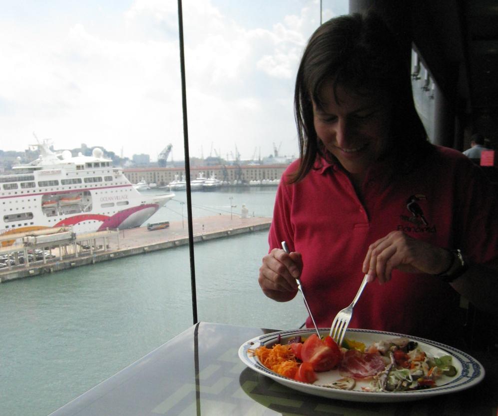 Mittagessen in der Cafeteria MSC Splendida