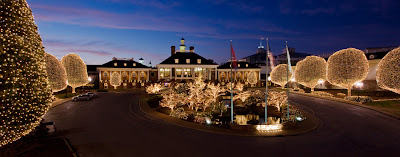 The Rustic Victorian Christmas At The Opryland Hotel In