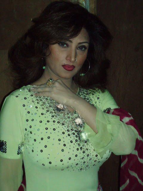Hotshows2U Hina Shaheen Hot Pictures - Pakistani Mujra Girl-6418