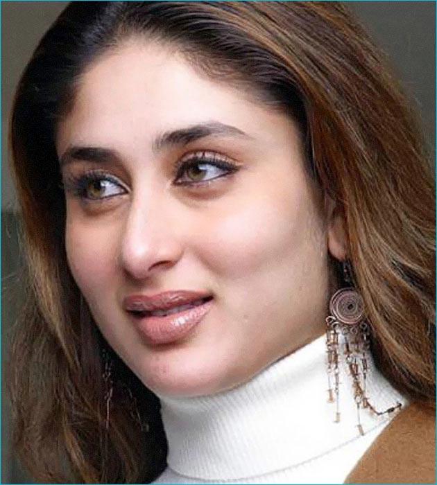 Preity Zinta Cute Smile Wallpaper Godzi The Bunblebee Bollywood Actress Kareena Kapoor
