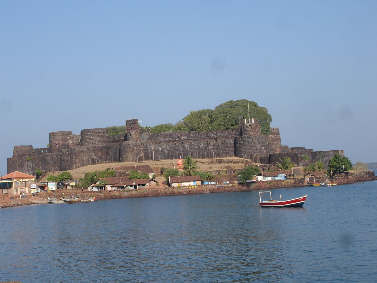 An ode to history a photo montage vijaydurg fort - Shikhar Vedh Kokan Sindhudurg Safari Scuba Diving Snorkeling Event On 18 20 April 2014