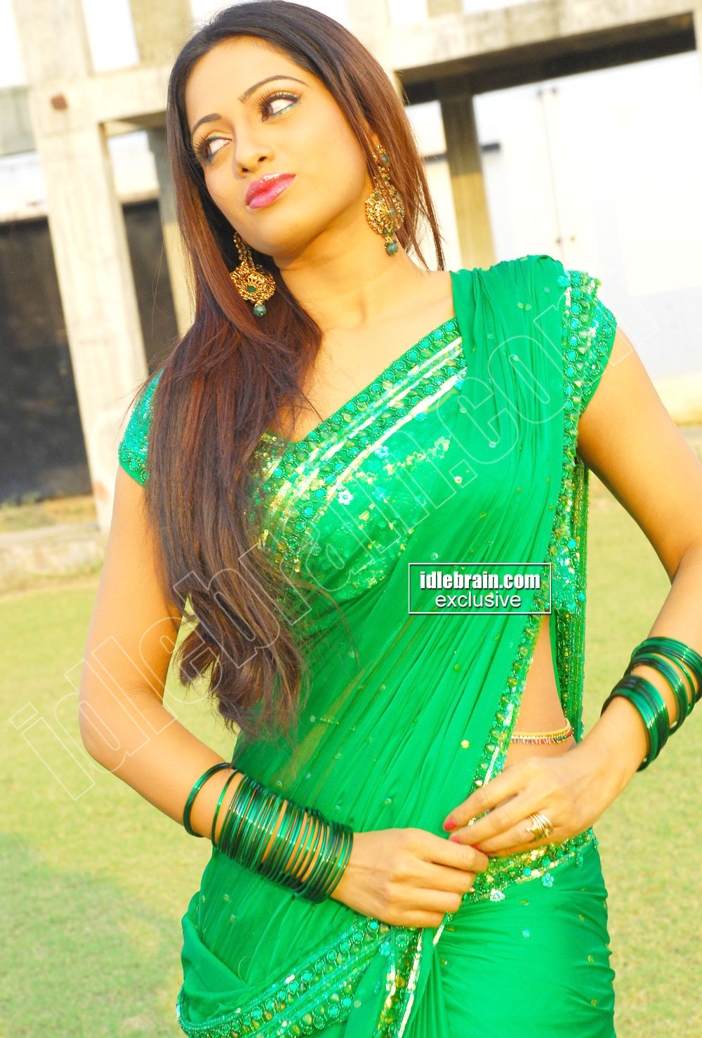 Udaya banu telugu tv anchor