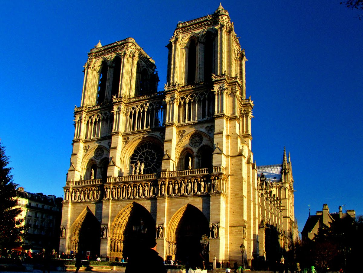 The Compleat Traveller: Notre-Dame Cathedral