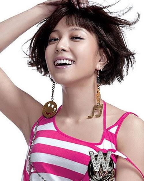 Famous Asian Singer 57