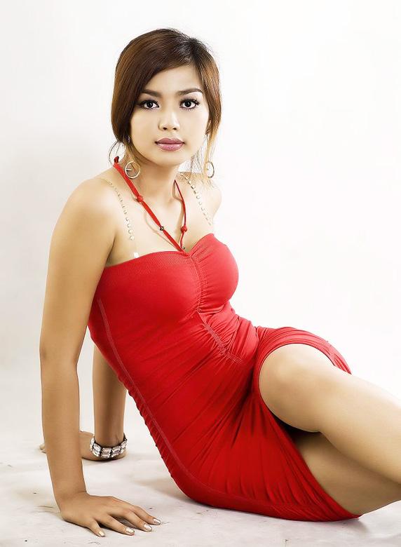Myanmar Beautiful Model Girl, Nwe Nwe Htun