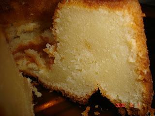 Com cara de bolo abatumado