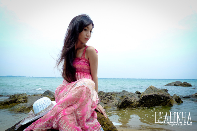 ♫ 氣定神閒小氣鬼 ♪: Shooting:Lealikha Erwin ~ Beach