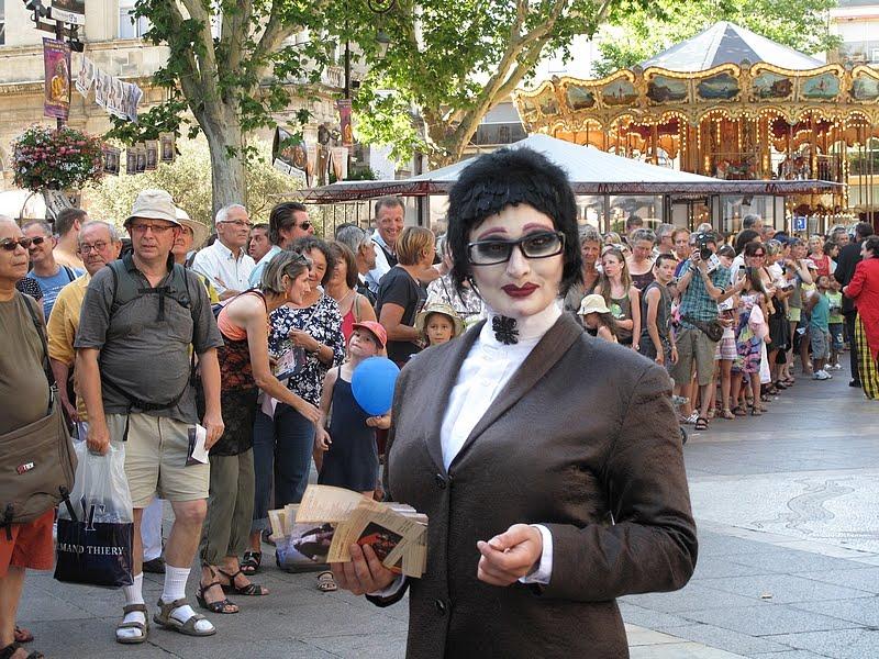 rencontre gay disneyland paris à Avignon