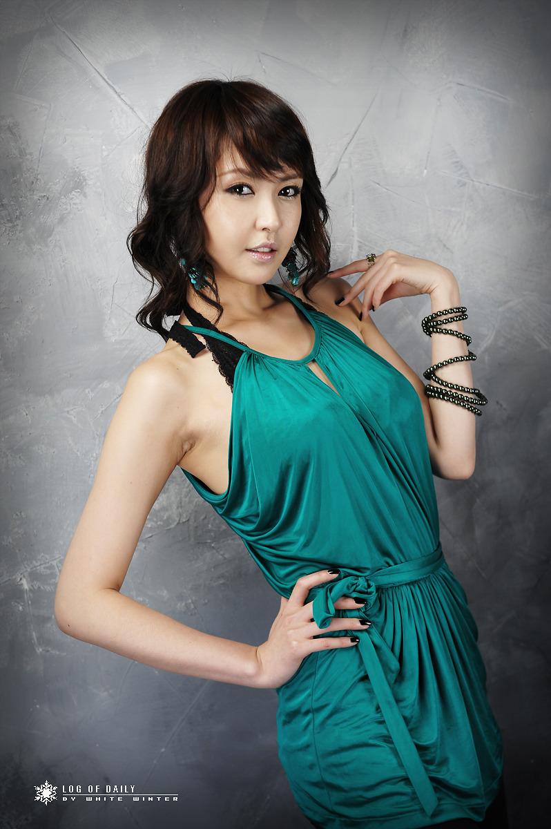 Asian Hot Celebrity: Kang Yui ! A top Korean Race Queen