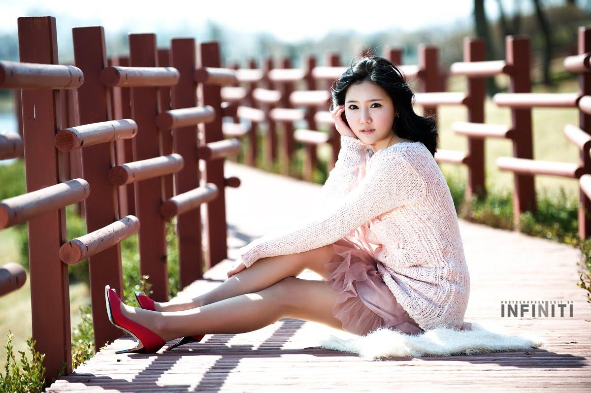 Asian Hot Celebrity: Park Hyun-Sun, lovely in black