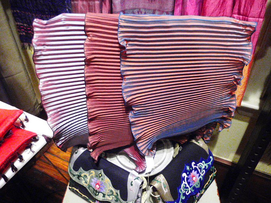 MAISON de BALLARD: Scarves Made in Lyon, France Now @ R.H ...