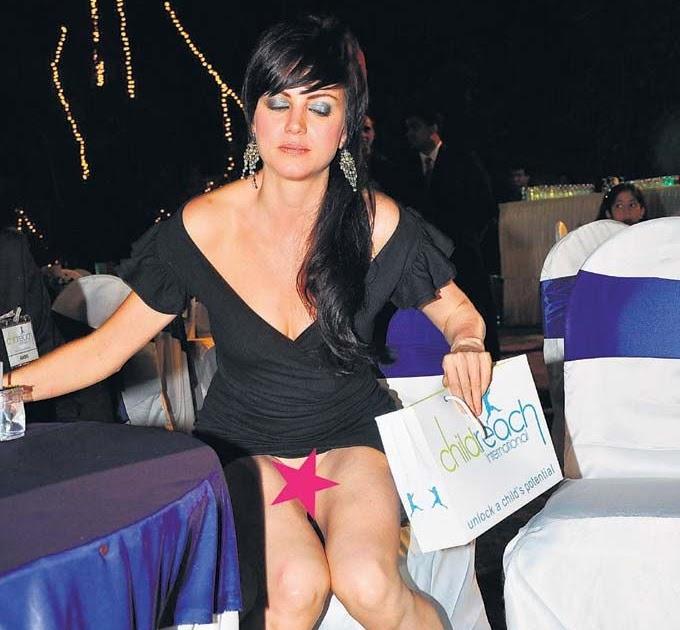 Bollywood Actress Wardrobe Malfunction 2010 Hot Girls Of
