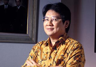 Anthony Salim - 5 Orang Terkaya Indonesia 2011 - www.iniunik.web.id