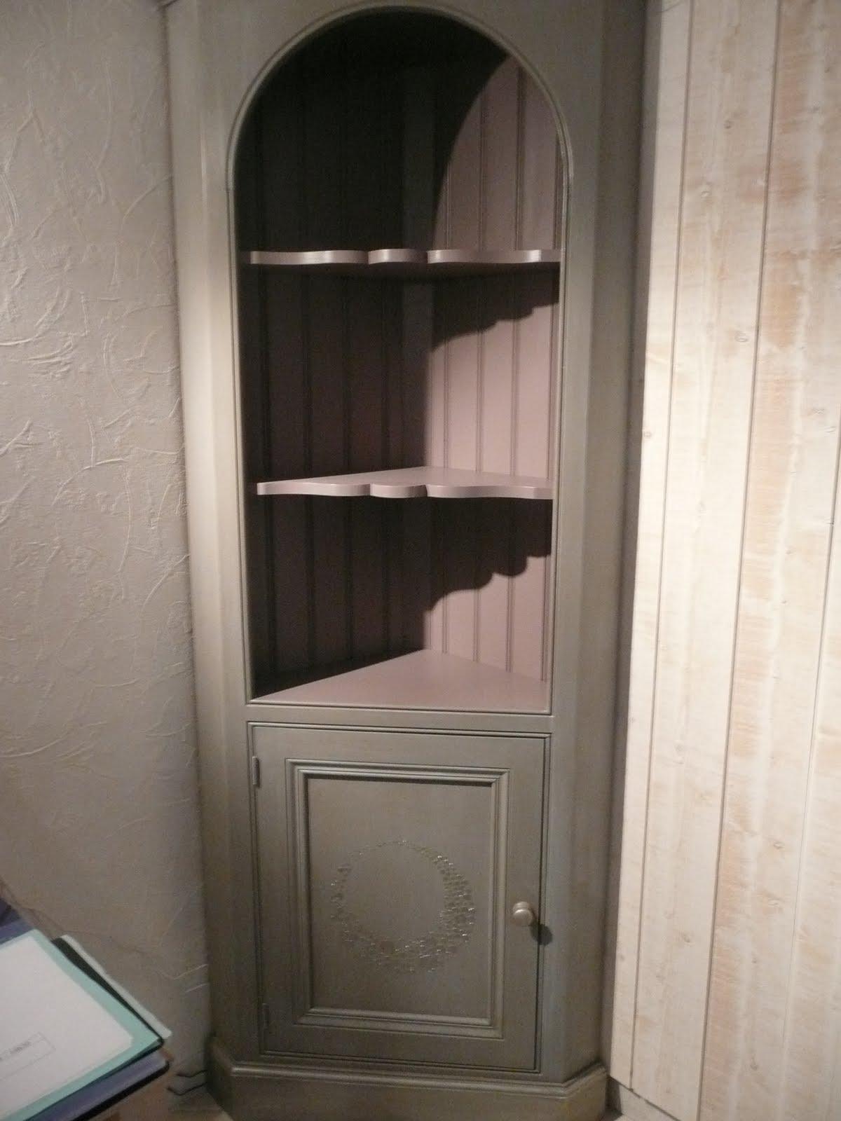 l 39 atelier des f es relooking meuble en plusieurs seances. Black Bedroom Furniture Sets. Home Design Ideas