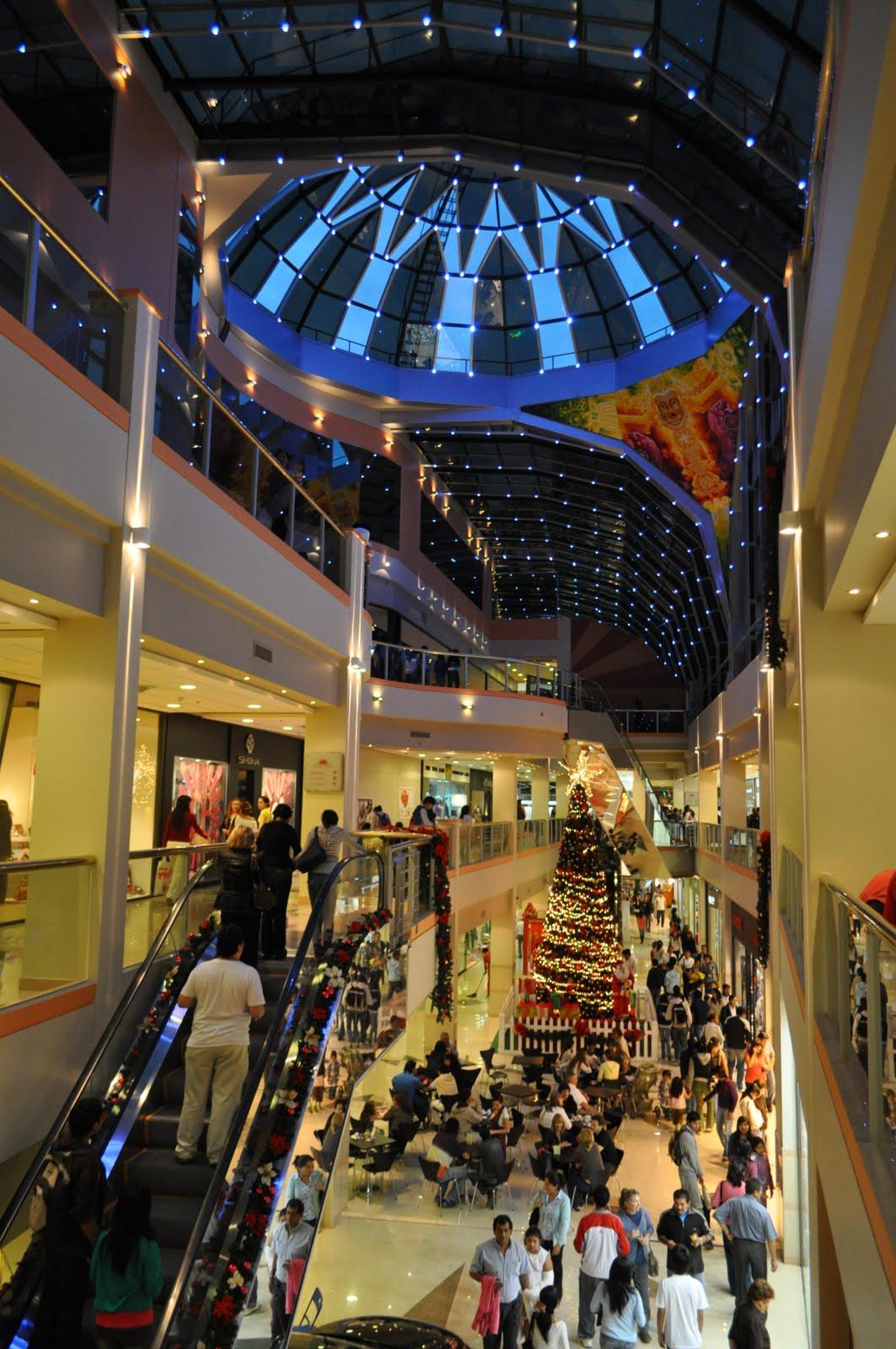 Les shopping Annuar en nocturne en décembre 2009