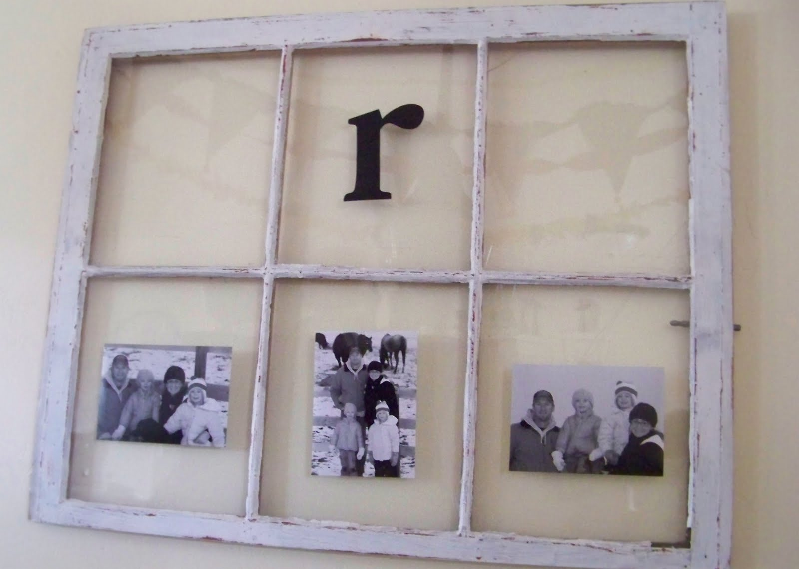 Using old window frames to decorate (she:jami)