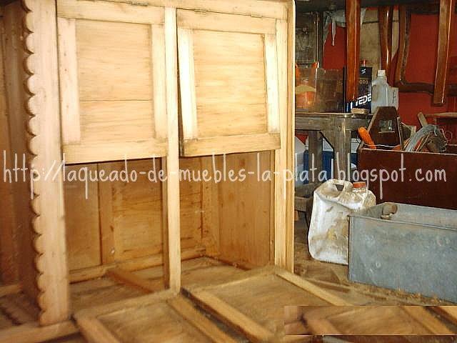 Preparar cera para muebles con cera de abejas y parafina