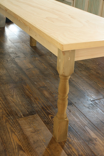 Creating A Shabby Farmhouse Finish