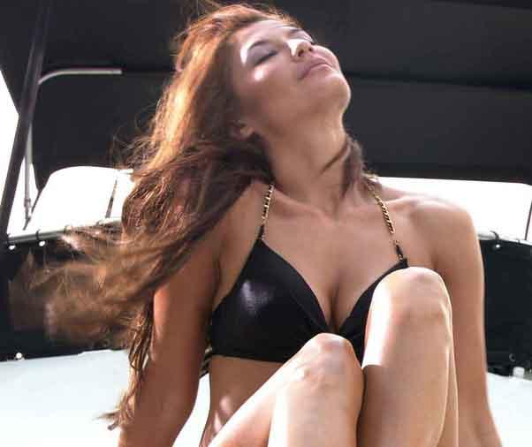 Tamara Bleszynski Hot Bikini Pictures  Actress Indonesia-5951