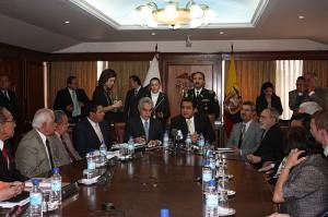 la Corte Constitucional suspendió todos los procesos de revocatoria de mandato