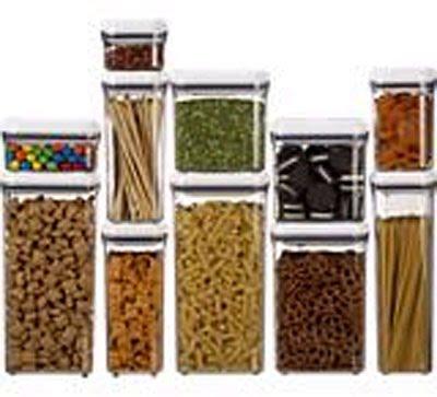 The Newlywed S Paradise Broom Closet Pantry Storage Tips