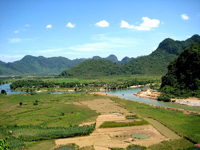 a view of Phong Nha ke national park
