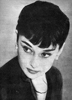 Audrey Hepburn  PARTO 3772430c7da3