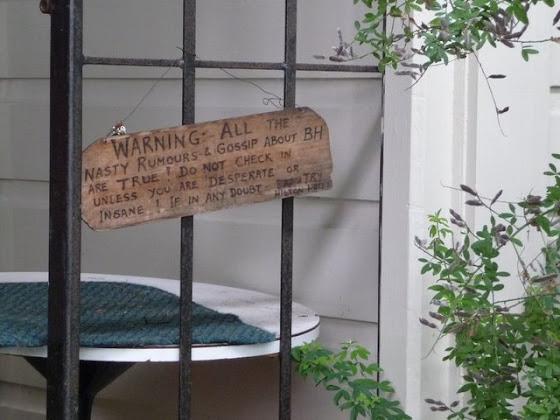 Era pequeño y tenía cosas divertidas como esta advertencia