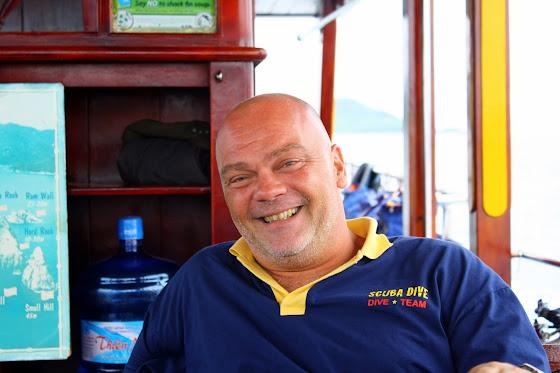 Jerome el instructor de buceo en Vietnam
