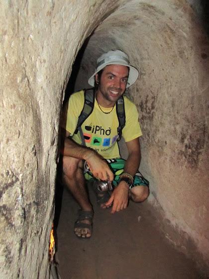 Acá estoy yo en uno de los túneles