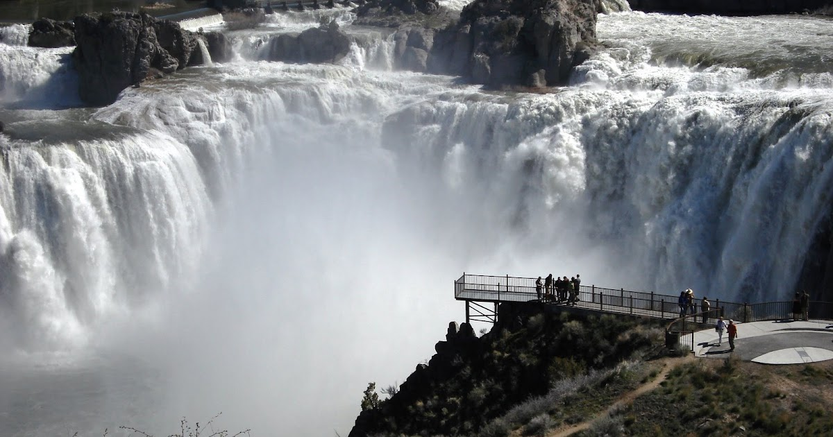 Russell Travel Adventures Shoshone Falls In Twin Falls