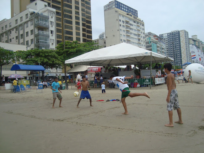 Footvoley fever in Balneario Camboriu Brazil : By Carlos Mateus