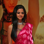 Vedhika says she is a friendly girl
