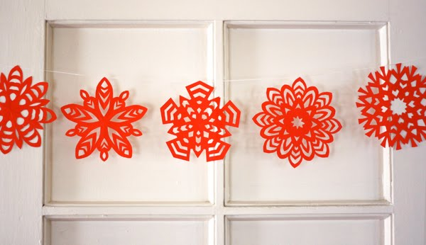 How To Make 5 Pointed Paper Snowflakes