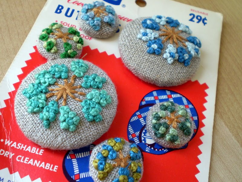 salty oat: modern handmade quilts: embroidered button swap: what i