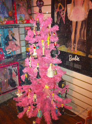 Barbie Christmas Tree Decorations.Anne Fannie S Green Acres Pink Barbie Christmas Tree