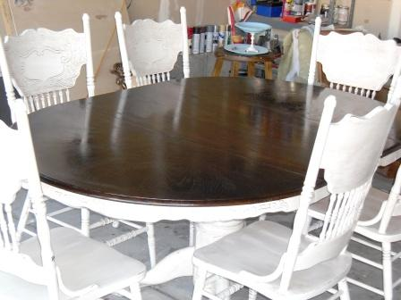 remodelaholic re stained and painted white oak pedestal table and