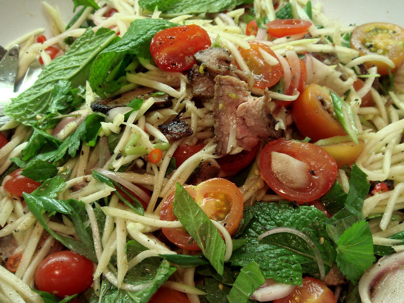 98a995e826 Seasaltwithfood: Green Mango Salad With Grilled Beef