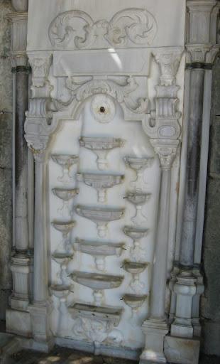 Фонтан Мария в Алупкинском дворце