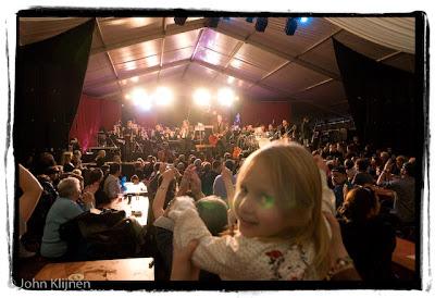 Rowwen Heze live tijdens het HAFA concert, aansluitend aan het slotconcert, in America, 8-11-2008