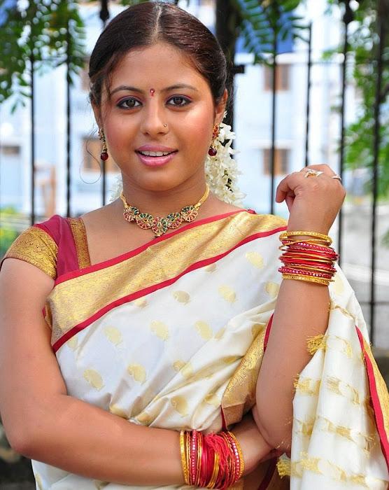 sunakshi masala in cool saree unseen pics