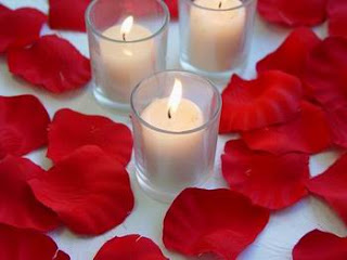 velas+petalos rosas