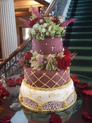 Defrost Top Tier Of Wedding Cake