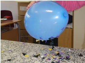 Resultado de imagen para experimento del globo con papelitosen gifs
