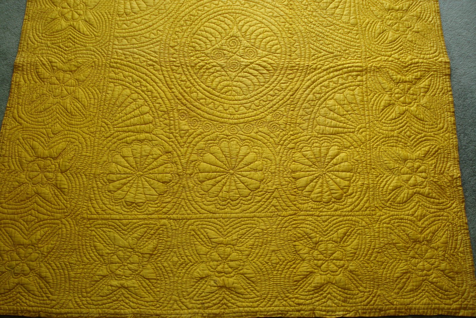 Welsh Quilts Llanelli Pink And Gold Quilt